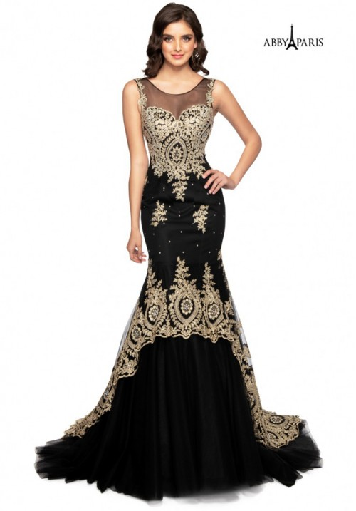 Lace Embellished Mermaid Long Gown