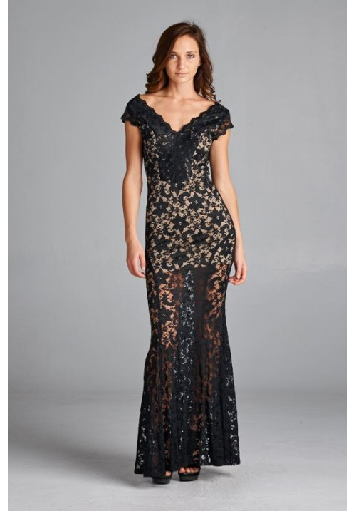Sleeveless lace long dress