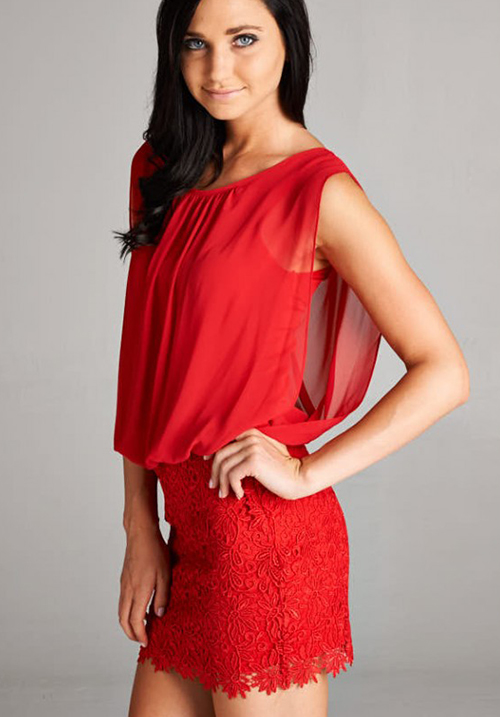 Loose Chiffon Top and Lace Bottom